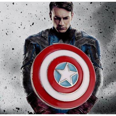 Amerika kapitány kitűző