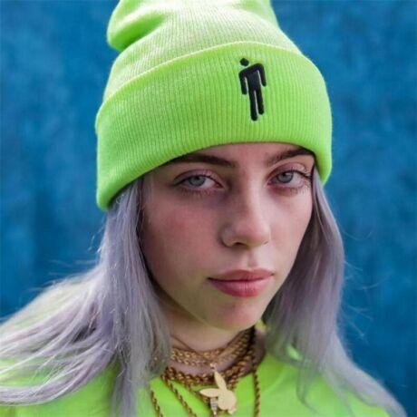 Billie Eilish téli sapka