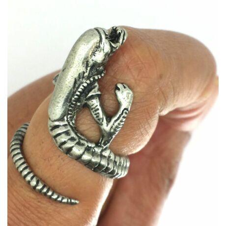Állítható méretű Alien stílusú gyűrű