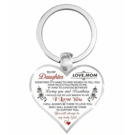 Lánynak anyától szív alakú kulcstartó