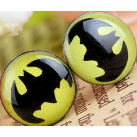 Batman logós acél fülbevaló