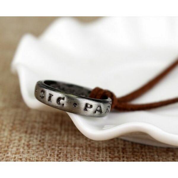 Uncharted gyűrű-nyaklánc