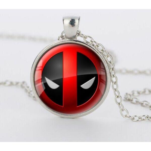 Deadpool üveges nyaklánc