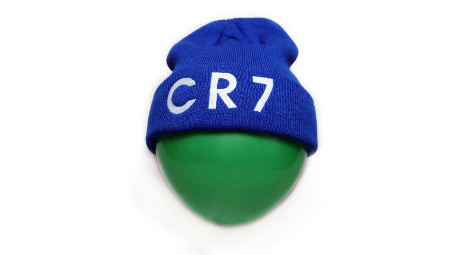 Cristiano Ronaldo CR7 téli sapka - 3.900 Ft (Ruhák 00c810b0f3