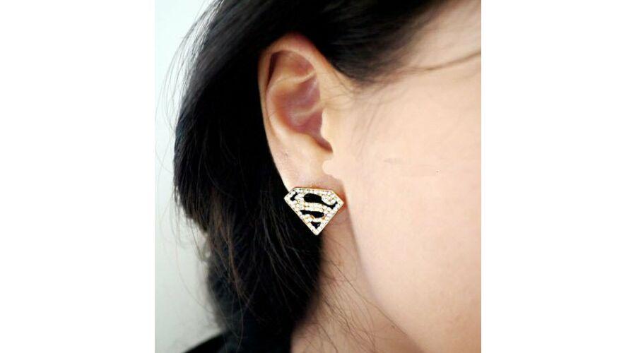 Superman logós strasszos fülbevaló - 1.500 Ft (Egyéb fülbevalók) a50276635a